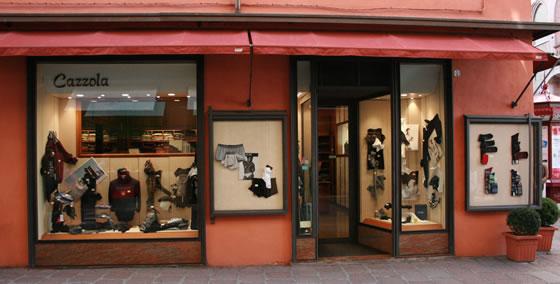 Negozio abbigliamento Bologna centro